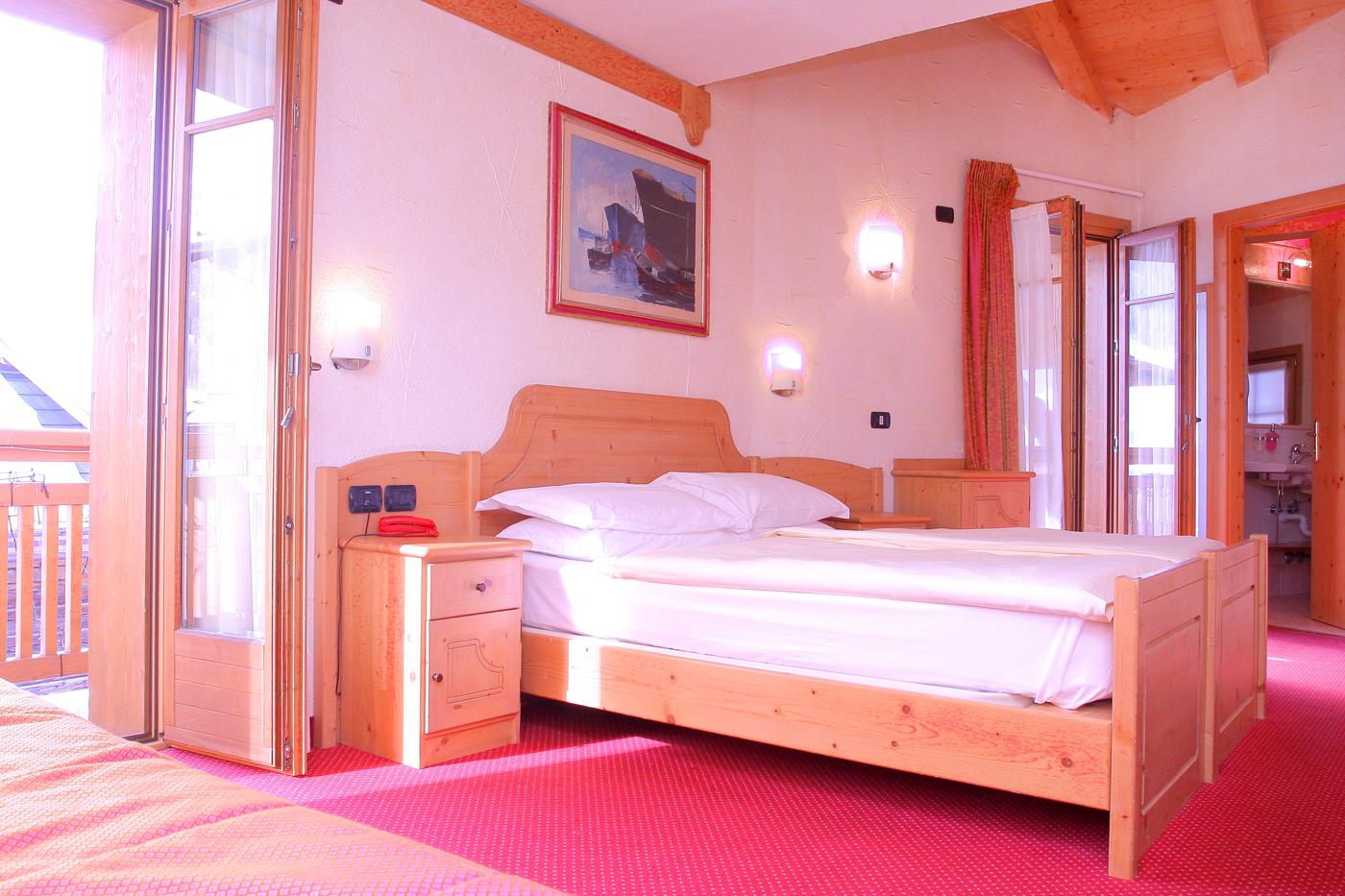 Zimmer Hotel Helvetia Livigno www.avant-ski.de